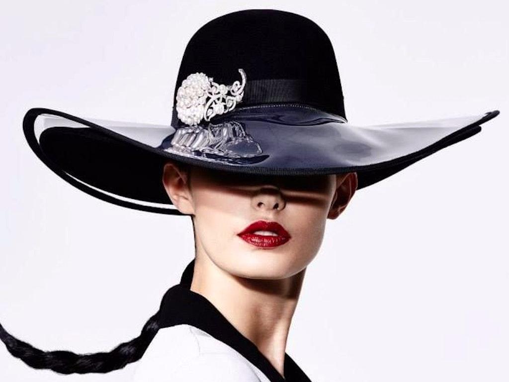 10a9d04d84c77ec4847698ab1a731dec--black-white-red-ladies-hats