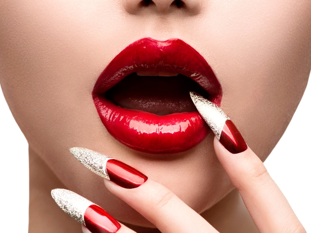 Shutterstock - Acrylic Nails 03