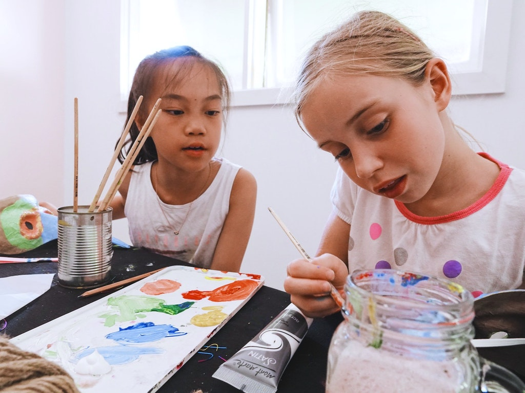 little girls painting.