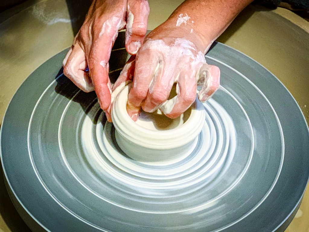 pottery-wheel-throwing-clay-workshop-sydney