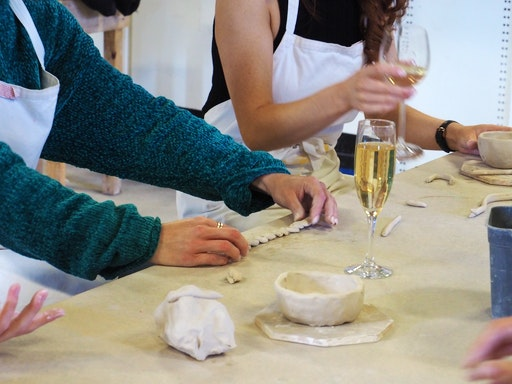 Wine & Design: Ceramics sculptural hand-building