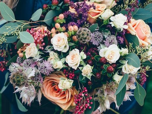 What a beautiful native arrangement!