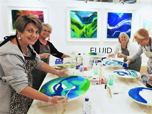 Resin painting class at Lakehouse Studio (Photo credit to Lorna Ballantyne-Epps)