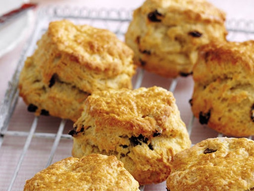 You can learn to make the most delicious fruit scones at The Sconery (Photo Credit to Eat Travel Live)