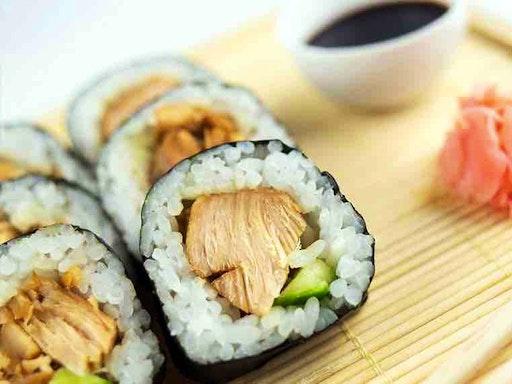 Japanese Sushi Lessons at Shikisai Cooking (Photo credit to Pop Sugar Australia)